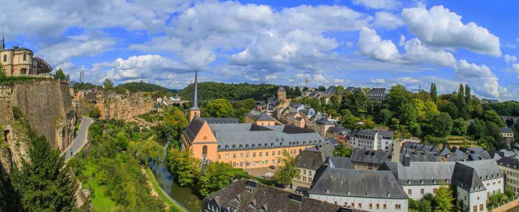 Luxembourg memiliki industri perbankan yang sangat besar dan berpengaruh di Eropa