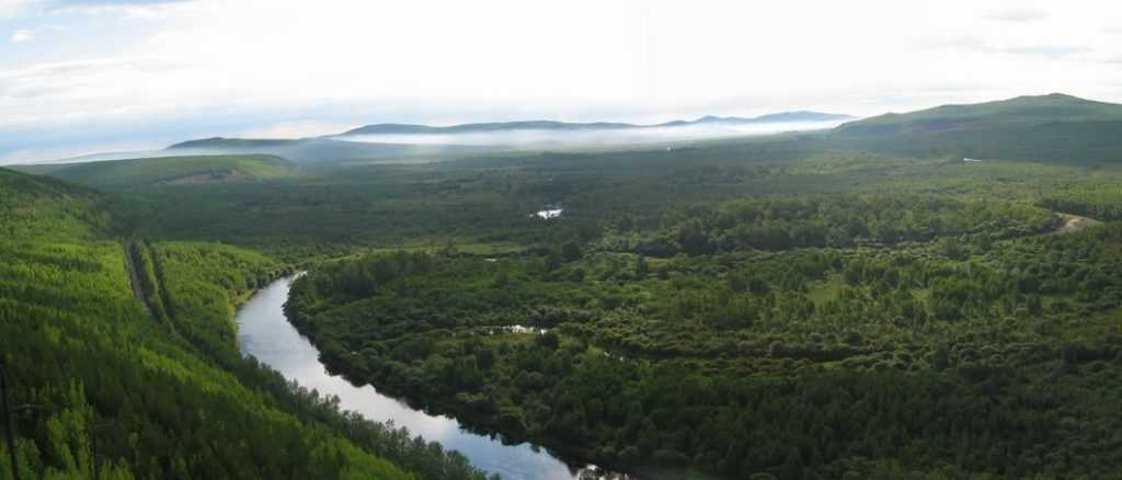 Sistem sungai Amur terdiri dari 3 sungai yaitu Amur, Ergune, dan sungai Kherlen
