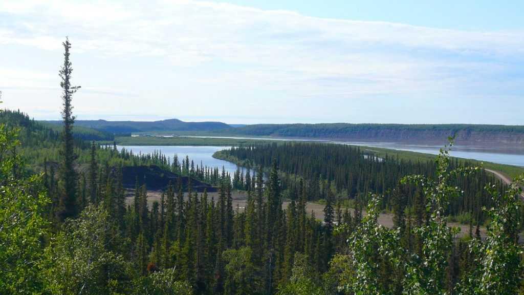 Sungai Mackenzie adalah sungai terpanjang di Canada