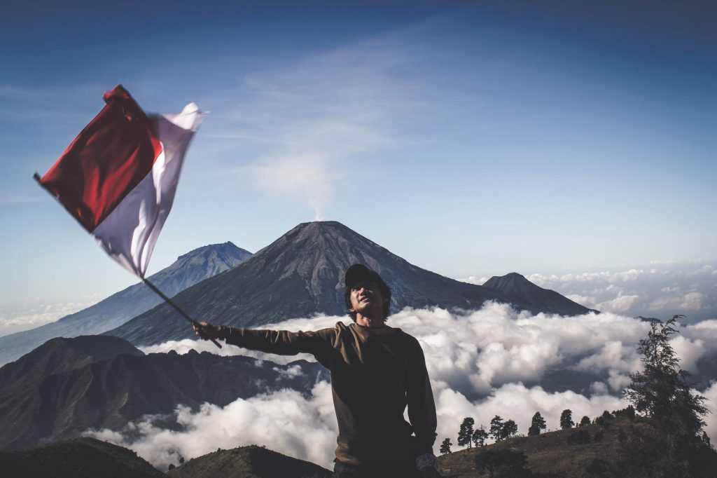 Jiwa nasionalisme dan bela negara merupakan hal yang penting dalam mewujudkan persatuan Indonesia