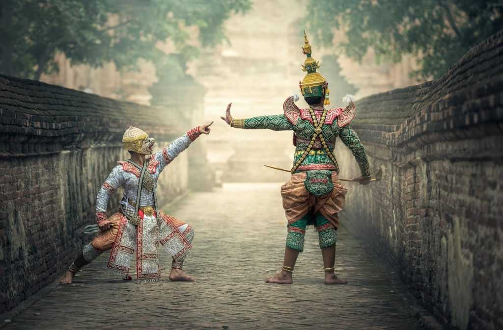 Latar belakang terbentuknya ASEAN salah satunya adalah adanya kesamaan kebudayaan