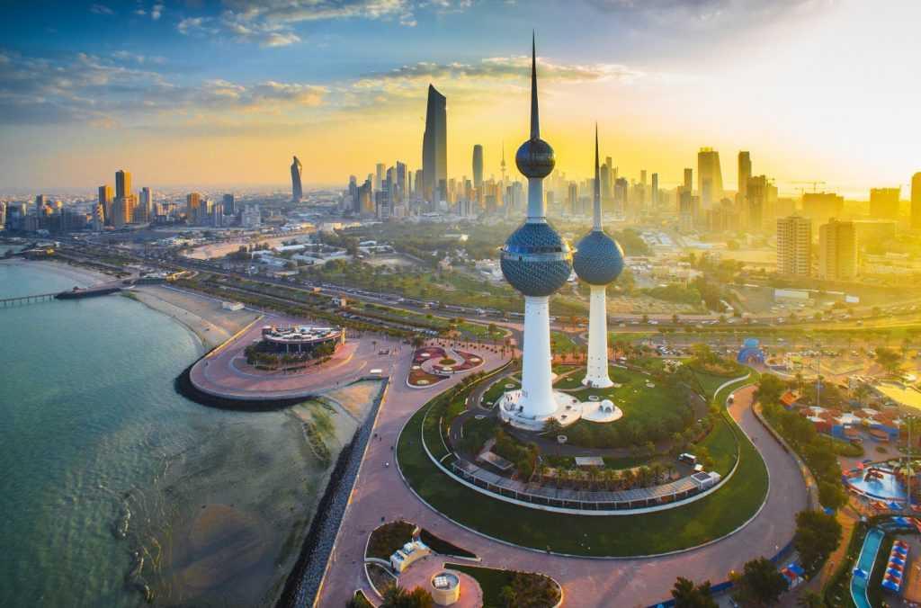 Ekonomi Kuwait ditopang oleh sektor perminyakannya yang kuat