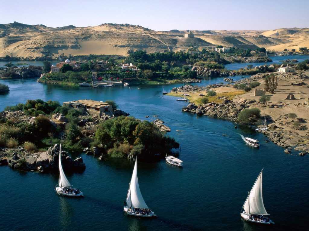 Sungai Nil, sungai terpanjang di dunia, memiliki jasa yang sangat besar dalam kemajuan bangsa Mesir Kuno