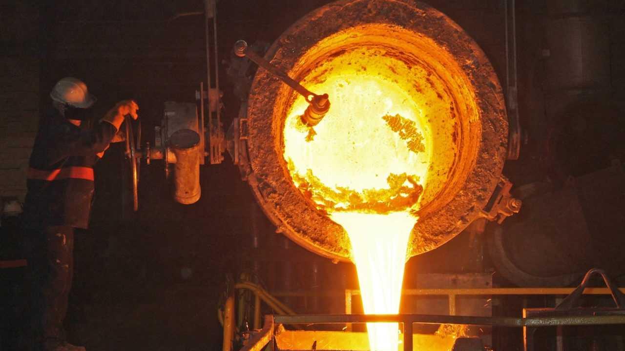 Teknik pembuatan peralatan pada zaman besi sudah cukup maju