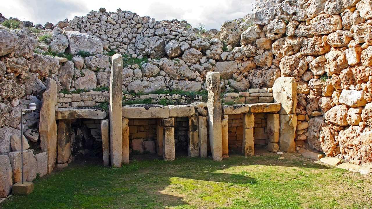 Ciri ciri zaman neolitikum